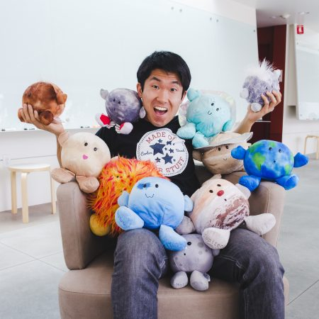 """""""Something that helps me get reinvigorated about my own science is to teach and do outreach."""" An interview with Michael Wong"""